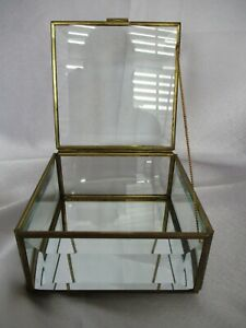 Beveled-Glass-and-Brass-Square-Box-with-Lid-and-Chain