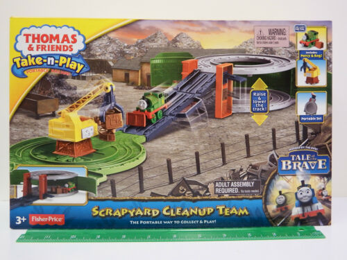 """Thomas /& Friends Take-n-Play Portable Playset /""""SCRAPYARD CLEANUP TEAM/"""" Ages 3+"""