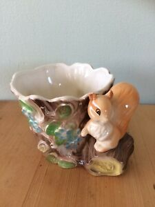 vintage-hornsea-pottery-fauna-squirrel-planter-collectable-vase