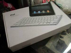 Genuine-Apple-iPad-Keyboard-Dock-A1359-for-iPad-Generation-1-2-3-30pin-Connector