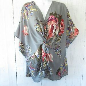 New-Umgee-Top-2X-Gray-Floral-Gathered-Knot-Reversible-Plus-Size