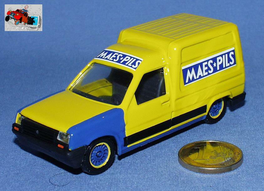 SOLIDO 1/43 : COFFRET 24 RENAULT EXPRESS  BRASSERIE MAES  EDITION HORS COMMERCE
