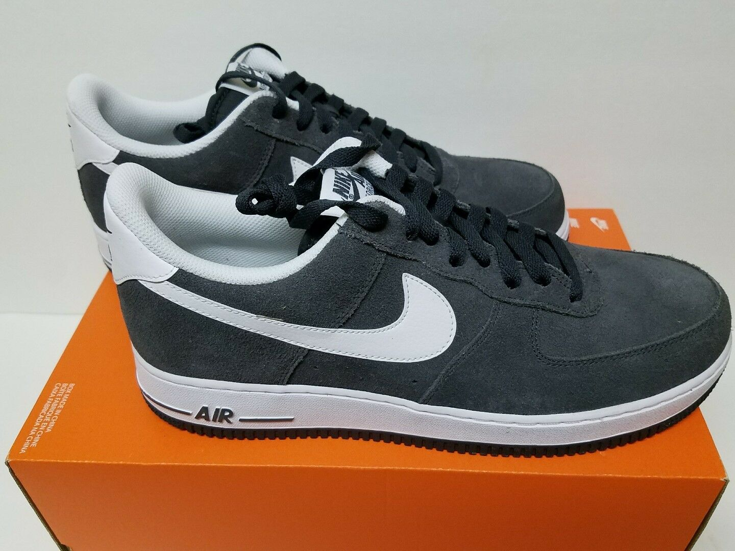 Brand New Nike Air Force 1 '07 Size 10.5 Sneakers & 11.5 Men's  Sneakers 10.5 [315122 067] 951978