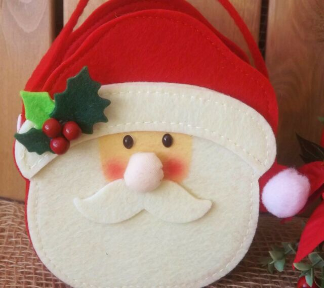 Christmas Snowman or Santa Felt Gift Bag with Holly Hat /& Button Handles Basket