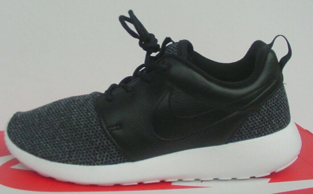 Nike Roshe Run One DMB Triple Black