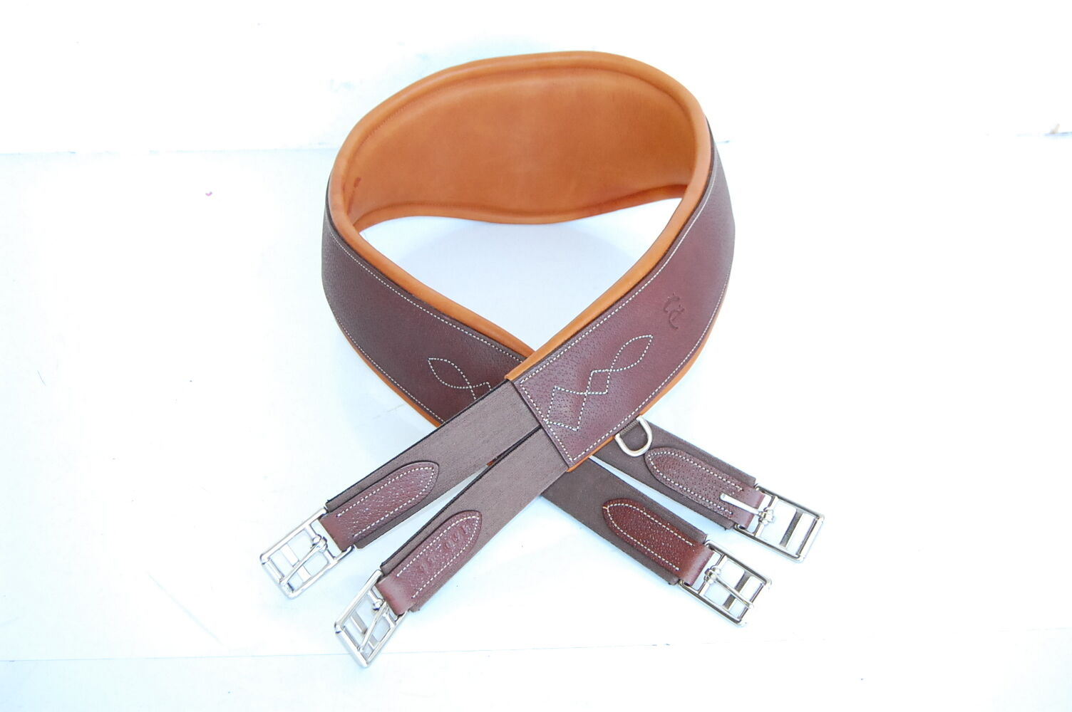 PJ Leather Girth,  NEW CONDITION  Size 123 49 (22GI)  fashion brands