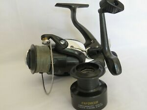 Enforcer 5000 Fishing Reel Plus Spare Spool Semble Inutilisé-afficher Le Titre D'origine
