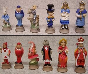 Chess-Set-Pieces-Alice-in-Wonderland-Red-Queen-Mad-Hatter-NEW-3-1-4-034-kings