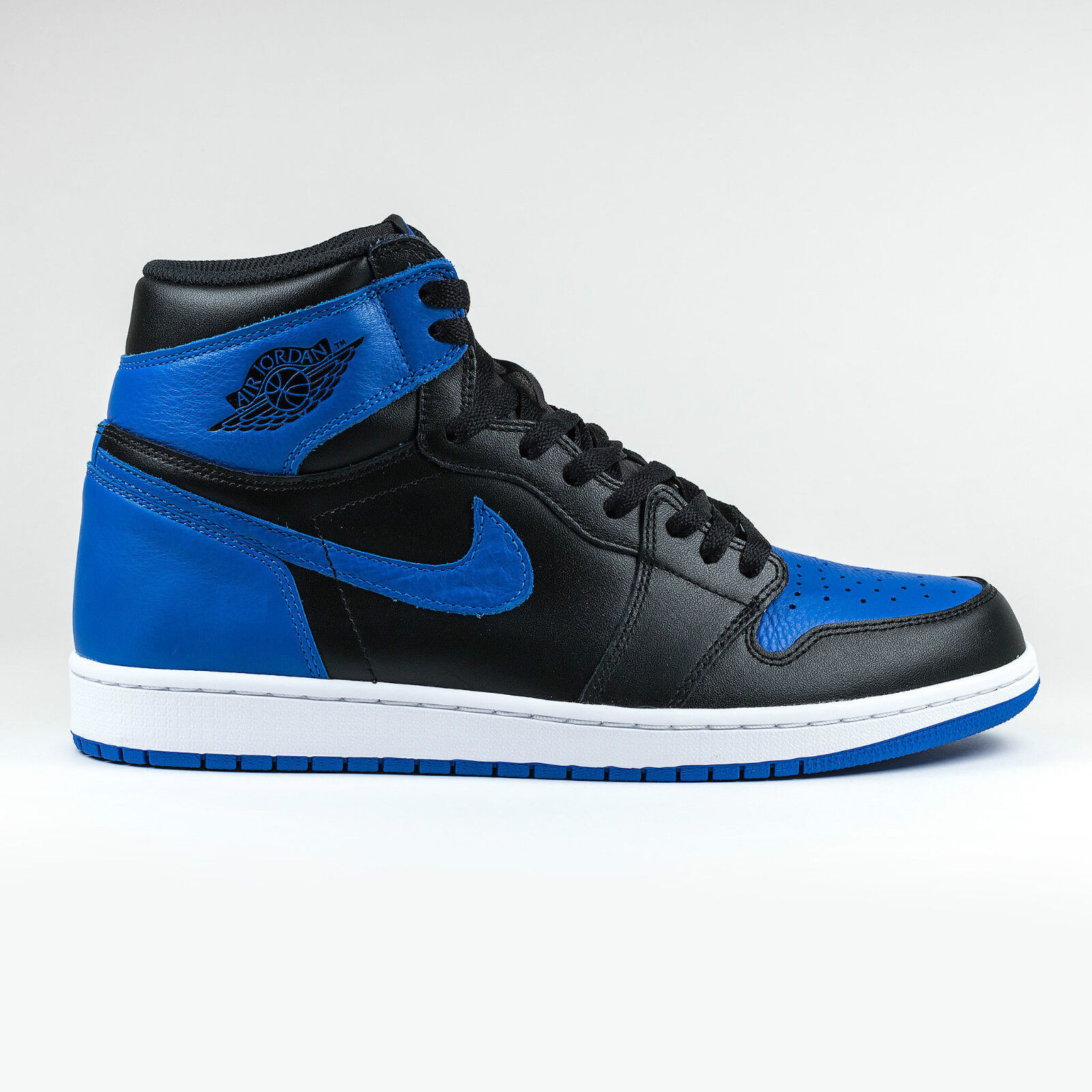 100% AUTH 2017 Air Jordan 1 ROYAL BLUE Breds Chicago Royal Blue 555088-007