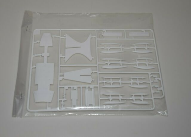 REVELL BOEING 747-8F 03912 ⭐PARTS⭐ SPRUE C-WING STRAKES+VENTRAL FUSE+MORE 1/144