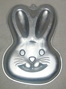 Wilton 1992 Easter Bunny Rabbit Head Easy 1 2 3 Cake Pan