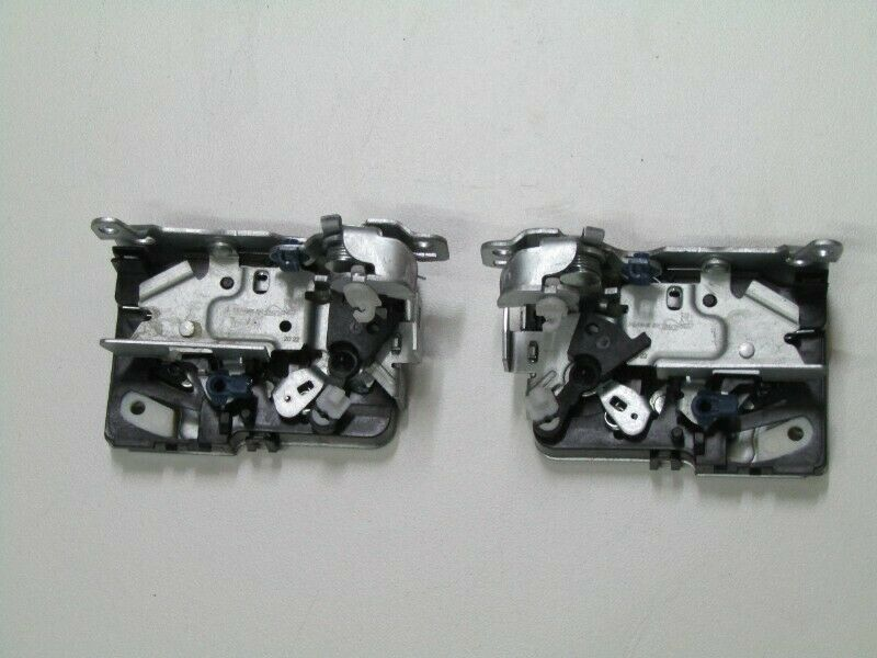 NISSAN NP200 DOOR LOCK MECHANISM - R595 EACH
