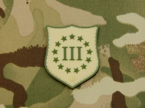 Mini 3 /% III Percent PVC Multicam Crusader Shield Patch Defend Liberty NRA 1776