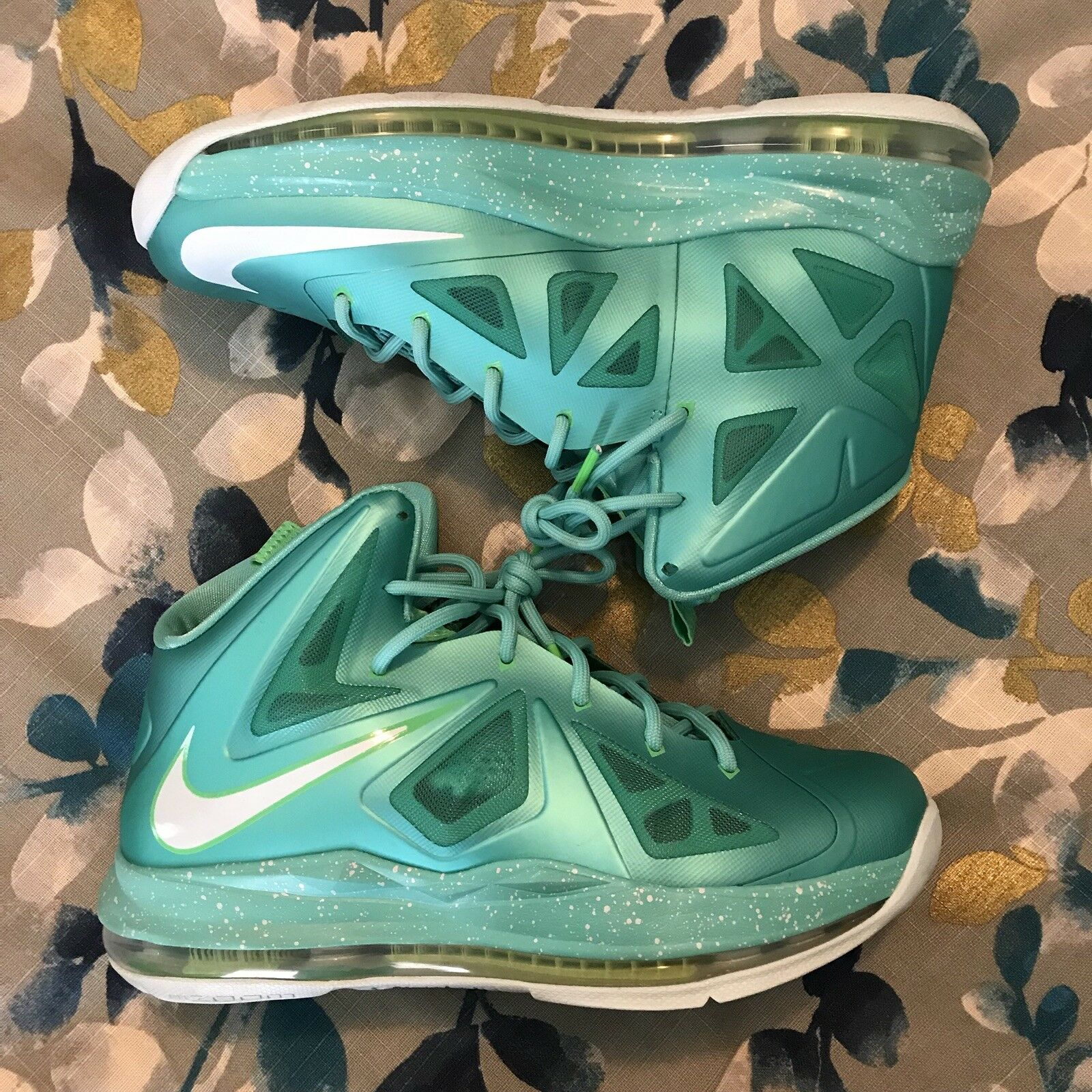 LeBron X Easter Size 6.5