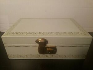 Vintage-Mele-Small-Light-Blue-Jewelry-Box-with-Gold-Accents-9x6x3