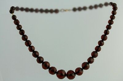 ART DECO FACETED CHERRY AMBER BAKELITE GRADUATED NECKLACE FINEST GF CLASPJ6490