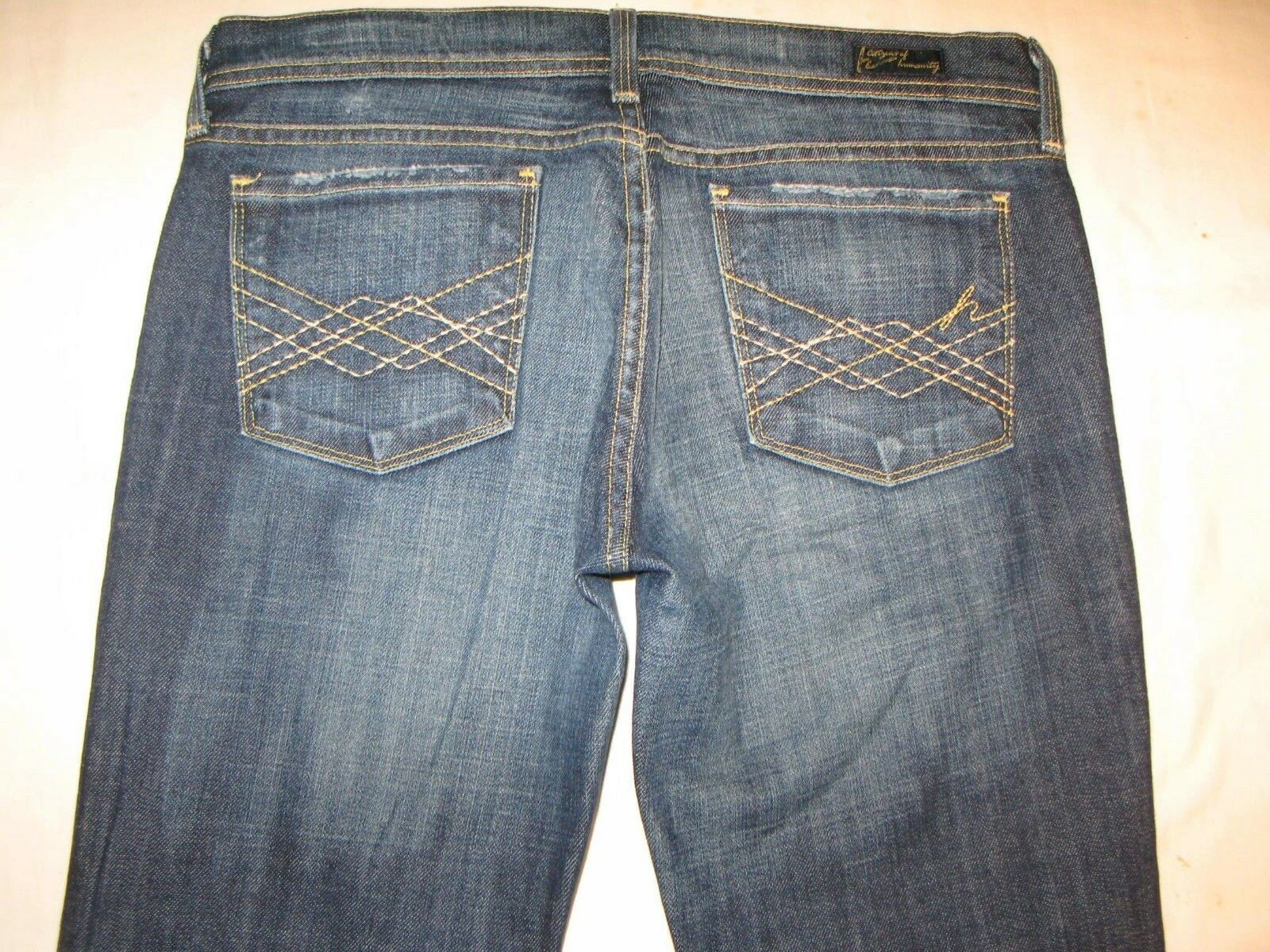 Citizens of Humanity Naomi 065 Jeans Sz 28 Low Flare DIstressed w Stretch