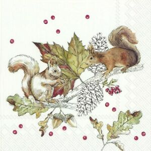 4-Servietten-034-SQUIRRELS-AND-BERRIES-034-33x33-Napkins-Eichhoernchen-Beeren-Blaetter