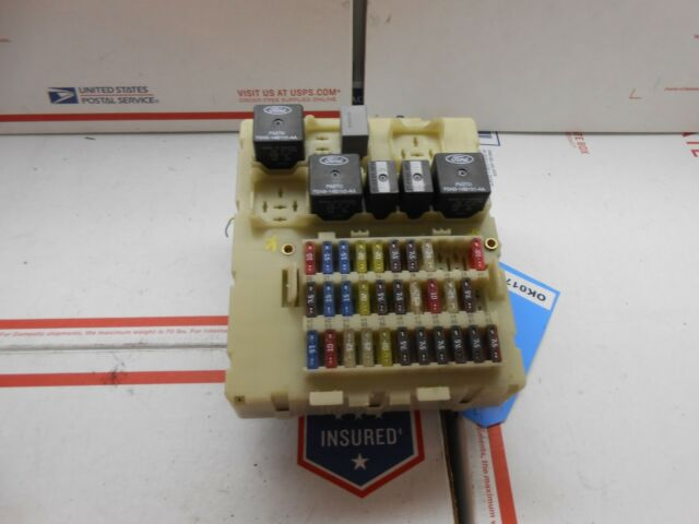 2004 Ford Focus Interior Fuse Box Panel 1fafp34zx4w188907 Ok0179