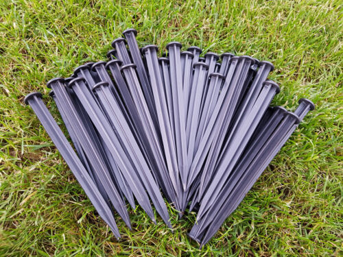 Easy To Use Lightweight Plastic Ground Peg For Lawn Edging Pack of 50-150 18cm