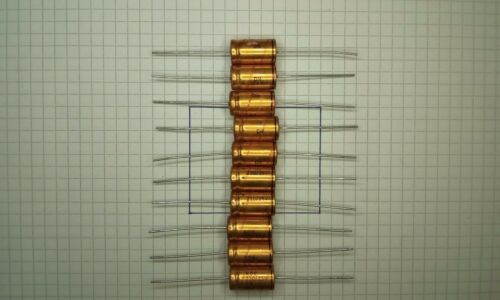 10 piece ROE GOLD Axial Capacitors Quality Made in Germany 220uf 25v
