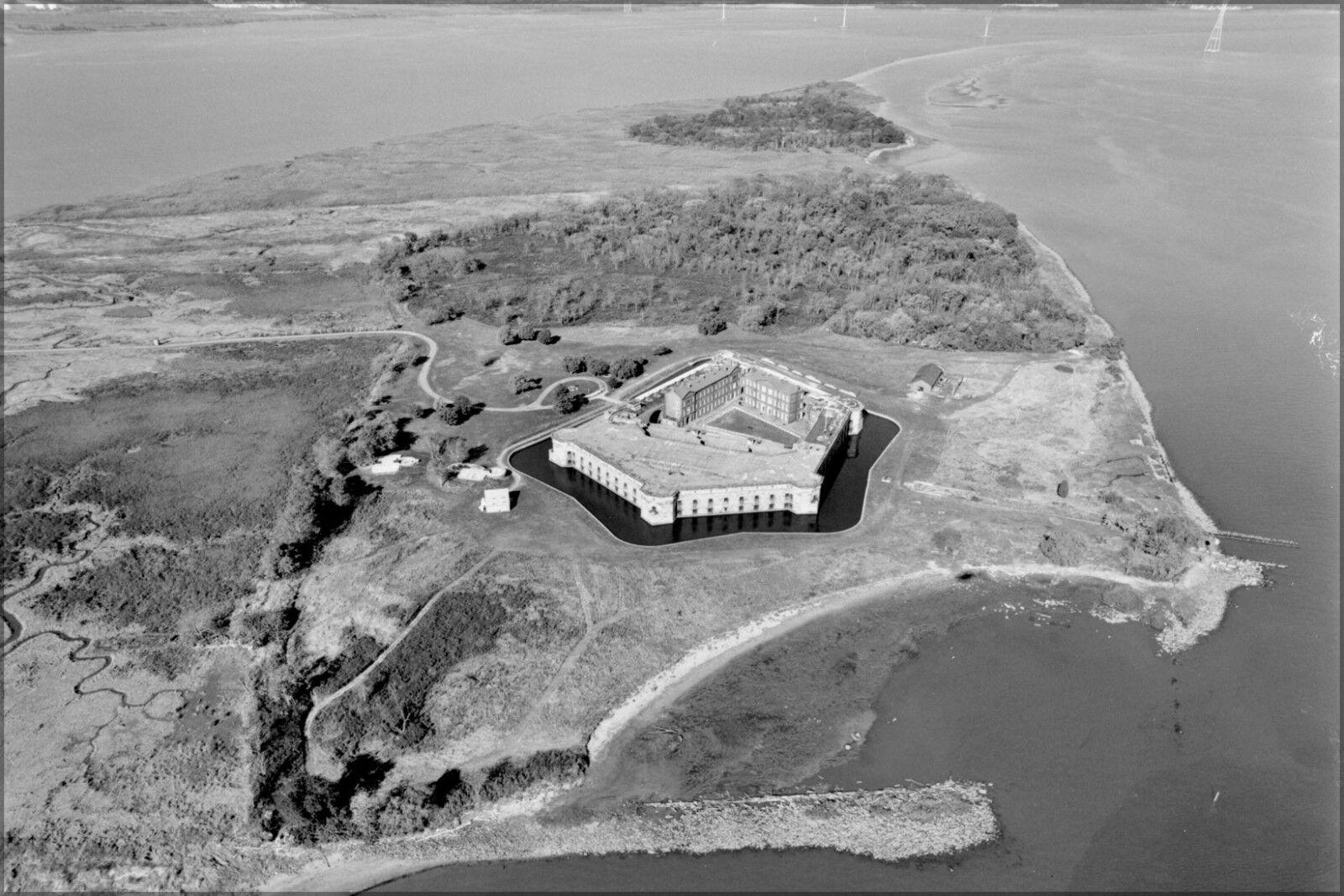 Plakat, Viele Größen ; Fort Delaware und Erbse Augenklappe Island On Delaware
