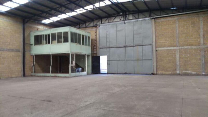 Renta de Bodega Industrial de 1,500 m2 en Toluca