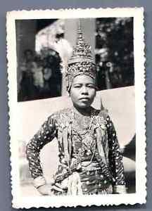 Cambodge-Danseuse-cambodgienne-Vintage-silver-print-Tirage-argentique-d-amp-0