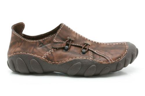 Clarks Momo Spirit Leather Casual Slip-On Shoe in Ebony (Brown) - Many Sizes