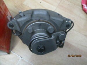 HOLDEN-WB-DISC-BRAKES-STATESMAN-RIGHT-Rear-DISC-CALIPERS-HQ-HZ-RECONDITIONED