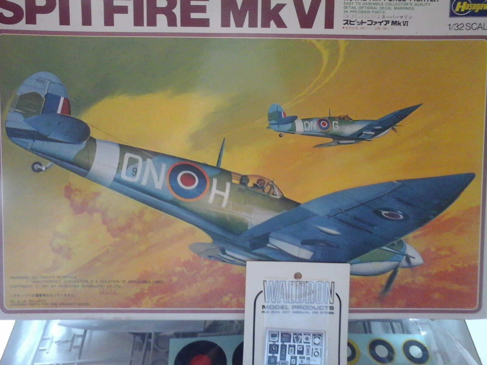 SPITFIRE Mk VI 1 32 SCALE HASEGAWA MODEL+ WALDRON MODEL DETAIL PARTS