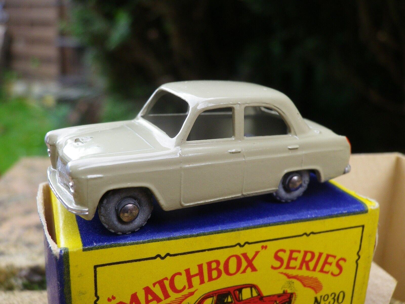 Matchbox lesney moko 30 ford prefect as new, superb b2 box see photos