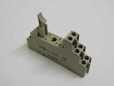 OMRON P2RF08E 8 Pin Relè Base 5 AMPERE 250VAC