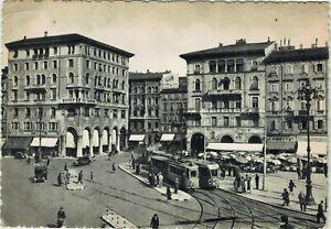 TRIESTE-Piazza-Goldoni-ANIMATA-TRAM-VIAGGIATA-NEL-1954-Rif-901-PI
