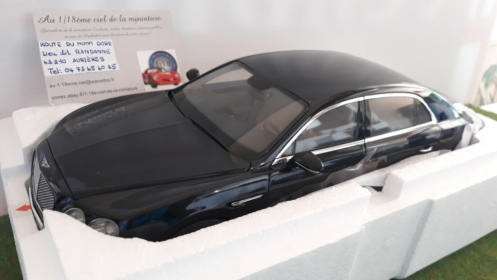 BENTLEY FLYING SPUR W12 noir onyx 1 18 KYOSHO 08891NX voiture miniature collecti
