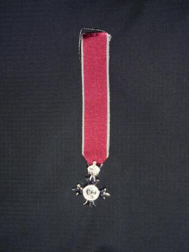 Miniature New British Civil issue MBE Medal