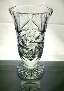 VINTAGE-HEAVY-BOHEMIA-CRYSTAL-PINWHEEL-CUT-GLASS-VASE-6-034-TALL