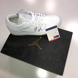 outlet store 35981 aab73 Details about PHIL KNIGHT SIGNED NIKE AIR JORDAN 1 LOW SHOES PSA/DNA COA  Z95121 SIZE 11
