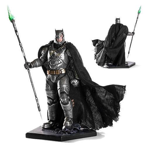 Iron Studios Art Scale 1 10 Statues - Battle Damaged Armored Batman BRAND NEW