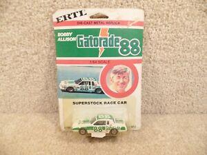 New-1990-ERTL-1-64-Scale-Diecast-NASCAR-Bobby-Allison-Gatorade-1982-Buick-Regal