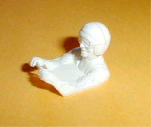 White Slot Car Driver Figure with Steering Wheel 1/32 scale Revell 1960 NOS