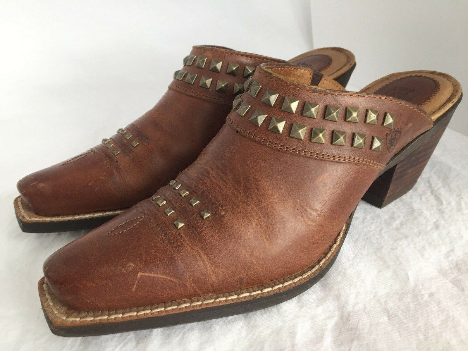 ARIAT Western Brown Leather Studded Mules Heels shoes Women's Size 7.5 B
