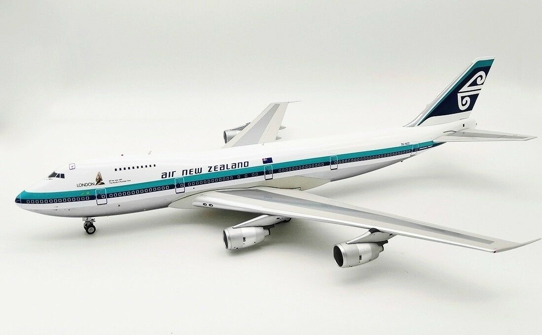 IF742NZ0119PA 1 200 Air New Zealand Boeing 747-200 Zk-NZZ Pulido Con Soporte