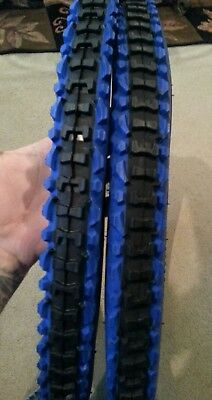 TWO DURO 26x2.10 BLUE  N BLACK M.B BICYCLE TIRES /& TWO  DURO INNER TUBES 2