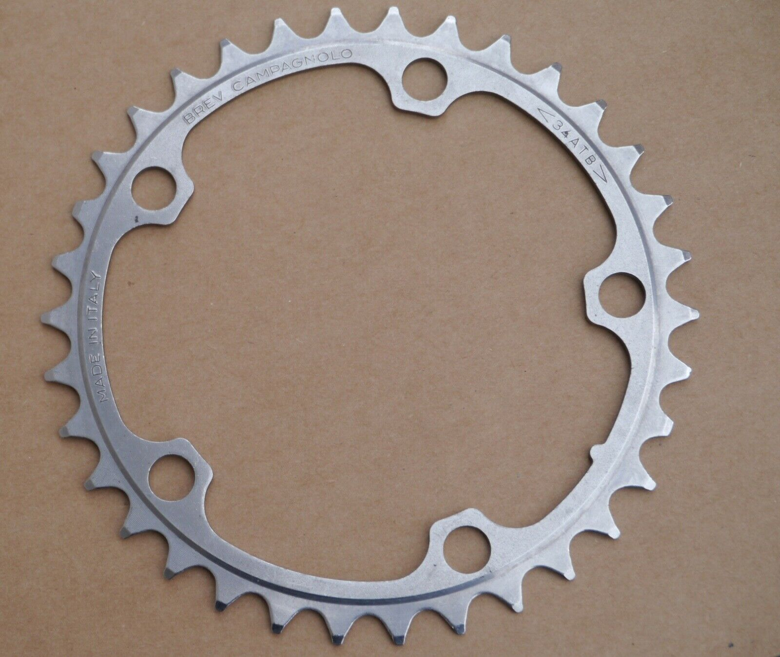 NOS Campagnolo Record  52t, 10s  road bike outer chainring  primera vez respuesta