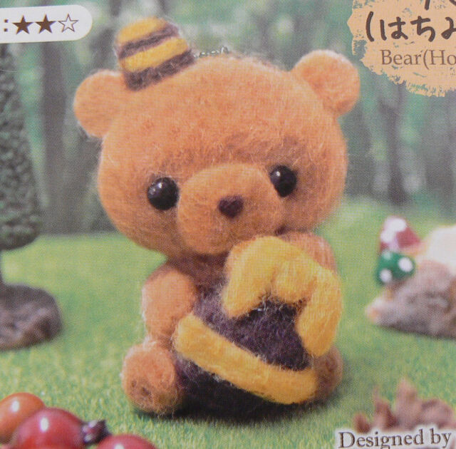 JAPAN Daiso wool felt handcraft kit bear / needle felting animal kit English