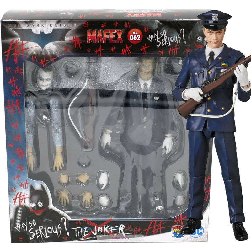 Medicom Mafex no.062 DC Comics The Dark Knight The Joker Cop Ver. Action Figure