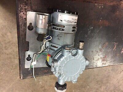 Gast LOA-P103-HD Oilless Piston Pressure Pump Air Compressor 220-230V New In Box