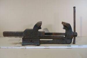 Heuer-Front-Massiv-Profi-Industrie-Schraubstock-170mm-31965