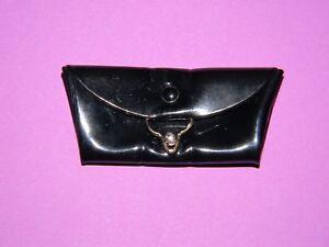 Vintage-1960s-Barbie-Black-Shiny-Patent-Envelope-Clutch-Purse-Bag
